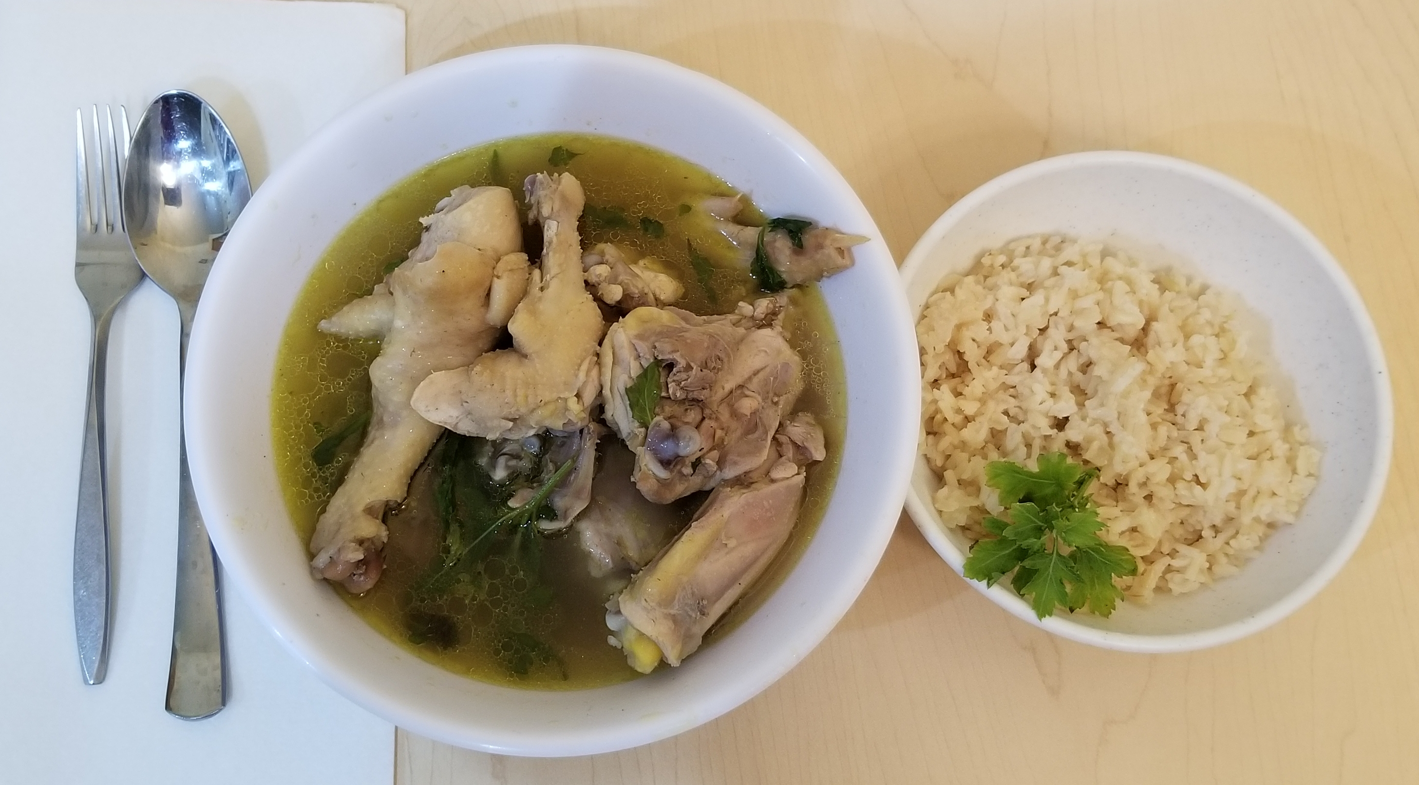 Chicken herb soup with brown rice